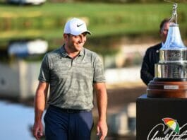 Francesco Molinari admiring his trophy / Image from Getty Images